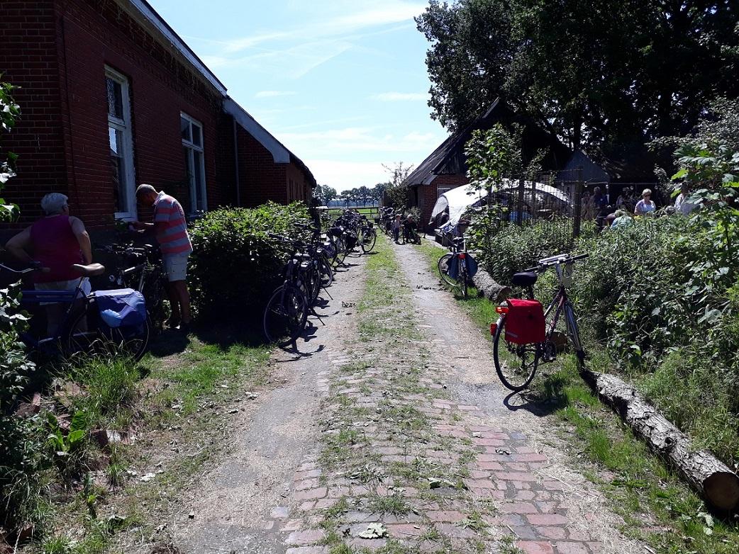 fietsrustpunt-oplaadpunt-gastenboerderij-lucaswolde-marum-groningen